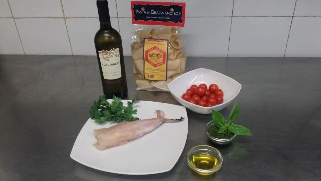 Pochi ingredienti per un primo piatto veloce e gustoso dal sapore estivo