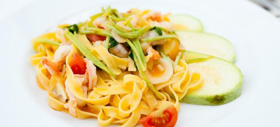 Tagliolini zucchine e gamberi